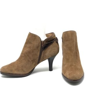 Sofft Suede Leather Booties Boots 7 Bow on Back